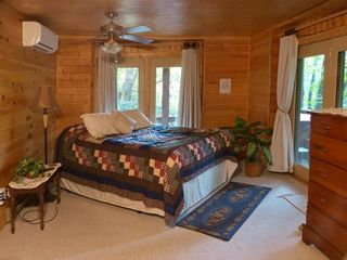 Maggie Valley cabin photo - Large master bedroom with hot tub right outside