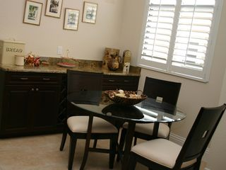 Briarwood Naples house photo - kitchen table in this holiday villa
