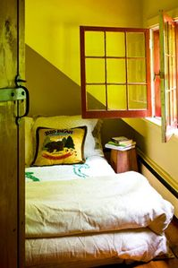 Woodstock cottage rental - Bedroom 4( new bed now! double air high bed)