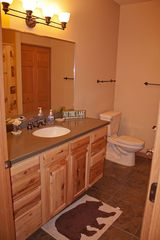 Castle Rock Lake condo photo - Full bath 2