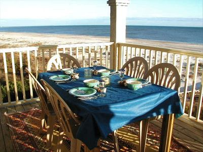Enjoy breakfast while overlooking the Gulf of Mexico...