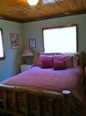 Black Hawk cabin photo - Second bedroom with Queen Bed.