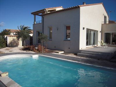Villa with private pool 3km from St Cyprien beach, sleeps 6