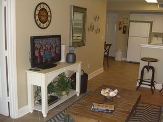 Amelia Island condo photo - Living Room with HDTV