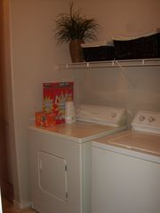 Las Vegas condo photo - Full size washer and dryer