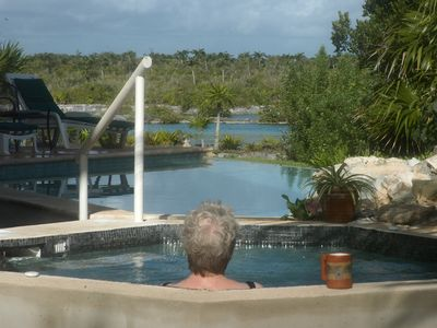 Akumal villa rental - Morning cofee in the hot tub: Casa Romero