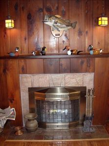 Fireplace with 91/2 lb bass caught in our lake over the mantle