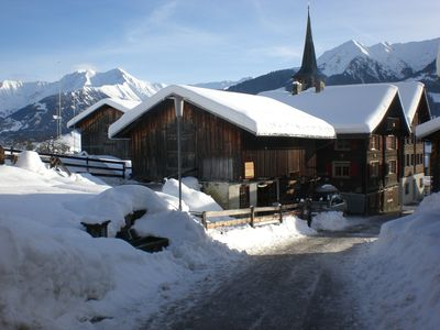 Chalet for sole occupancy, soapstone stove, large sunny terrace with beach chair