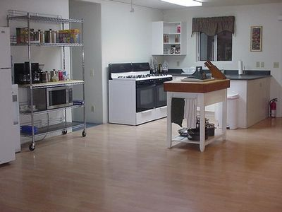 Spacious Shared Kitchen
