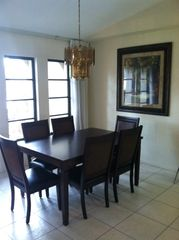 Cape Coral house photo - Formal dining room. Seating for 6.
