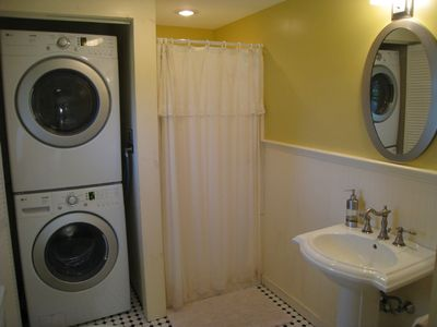 Sagamore Beach cottage rental - Brand New Washer & Dryer, Plus Shower