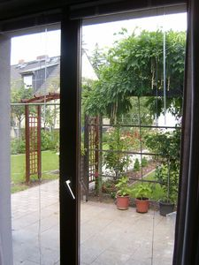 Lichtenberg house rental - View of the garden from inside the cottage.