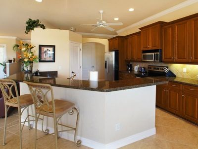 Cape Coral house rental - Kitchen with breakfast bar