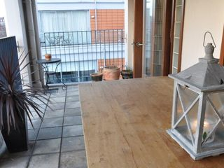 Canary Wharf & Docklands apartment photo - Solid oak Yask table and benches seats 8