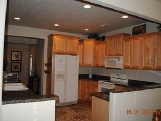 Branson villa photo - Main Level Full Kitchen, Toaster, Coffee Maker, New Cookware, Dishes