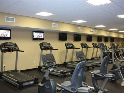 Watch Flat Screen TV'S While Excercising !