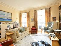 Magnificent 4-bed home with patio garden near trendy Chelsea and Kings Road