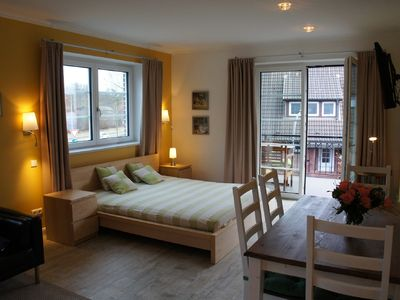 Holiday on Alsterufer - Cycling and Walking - City-Appartement OG