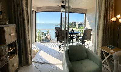 Waterfront Condo With Direct Ocean Access To The Gulf Of Mexico
