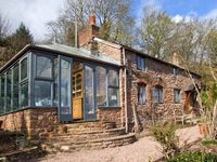 LAVENDER COTTAGE, family friendly in Hoarwithy, Ref 22082