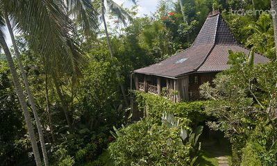 2 BR Traditional Java Guesthouse