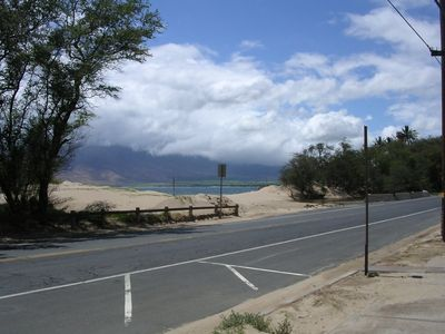 Beach across S. Kihei road - ocean is less than 500 feet from the front door!