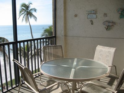 Balcony with direct view of the ocean
