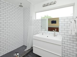 Austin house photo - Bath view: huge walk-in tiled rain shower