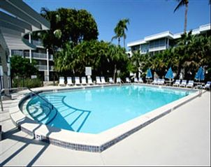 Sanibel Island condo photo - Heated pool at Island Beach Club