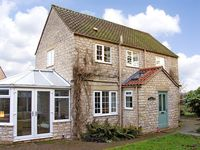 CASTLE VIEW, pet friendly, with a garden in Helmsley, Ref 2779