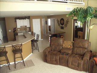 Camdenton condo photo - Lots of room for a big gathering.