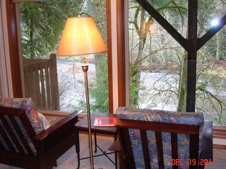Kalama house photo - Reading nook overlooking the river (lower level den)
