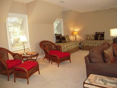 Kiawah Island house rental - Large room over the garage, adjacent to kitchen