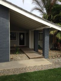 Discovery Bay house rental - Front Entrace