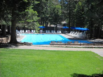 Free access to the Agate Bay pool, tennis courts and sun club during summer
