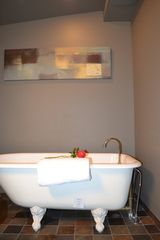 Bainbridge Island house photo - guest room bath