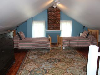 Roxbury farmhouse photo - Loft bedroom (Twin) (completely private).