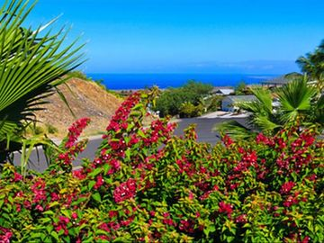 Waikoloa Village house rental - West view looking at Maui!