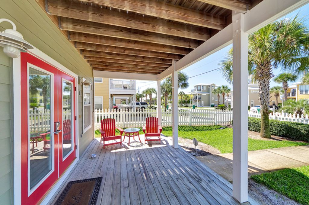 Enjoy the large, covered front porch for relaxing evenings with great views.