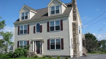 Scarborough and Pine Point house rental