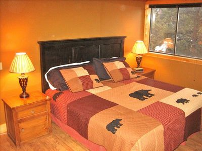 Large Master Bedroom overlooks Mountains, Creek & Forest. King Bed w/Memory Foam