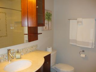 Vero Beach condo photo - Hall Bath