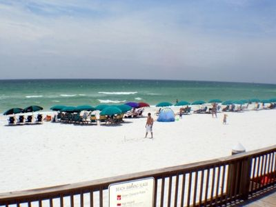 Destin condo rental - 1100 Feet of Private Beach at Silver Shells