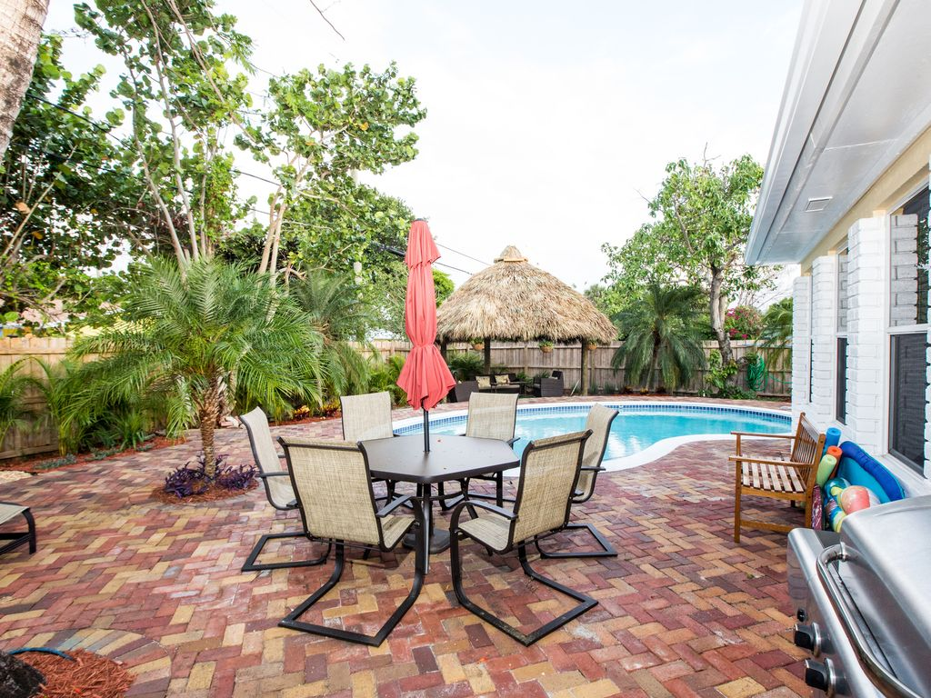 Sunny bright luxurious 4 bedroom homeaway delray for 9 bedroom beach house rental
