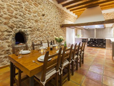 Sant Jordi villa rental - Fine dining at it's best