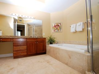 Silver Beach Towers Resort condo photo - Upstairs master bathroom