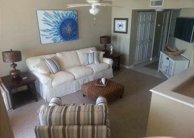 Gulf Winds Condo Rental ~ Private Balcony Overlooking the Beach ~ Community Pool