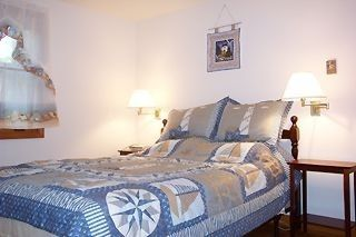 Eastham house photo - Queen Bed in Master Bedroom