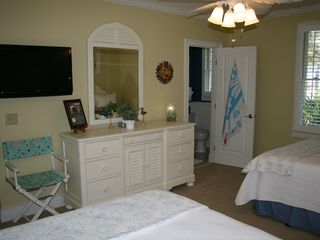 St. Simons Island house photo - Guest Bedroom with two Double Beds