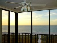 *Direct view Clearwater-Sandkey beach condo. Nealy renovated.